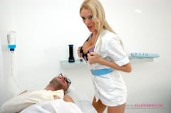 Antonia Deona - A Soothing Treatment (Thumb 02)