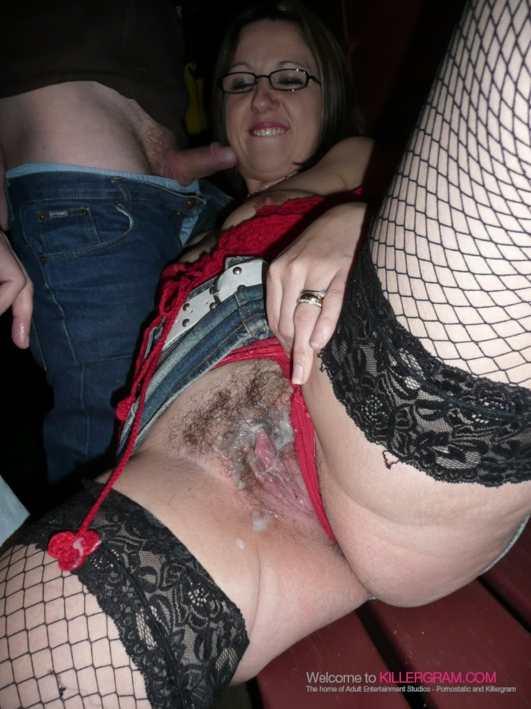 Slut swinger wife sucks a cock dry and gets a great facial 6