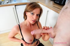 Holly XX - The Handymans Big Tool (Thumb 16)