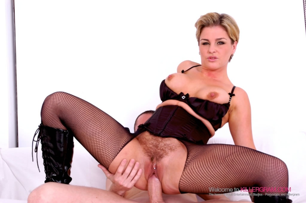 image British slut carmel moore gets fucked in a fmm threesome