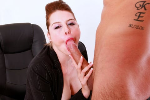 Killergram 'An Office Audition' starring Karina Currie (Photo 2)