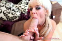 Loz Lorrimar - Can't Resist a Huge Dick (Thumb 11)
