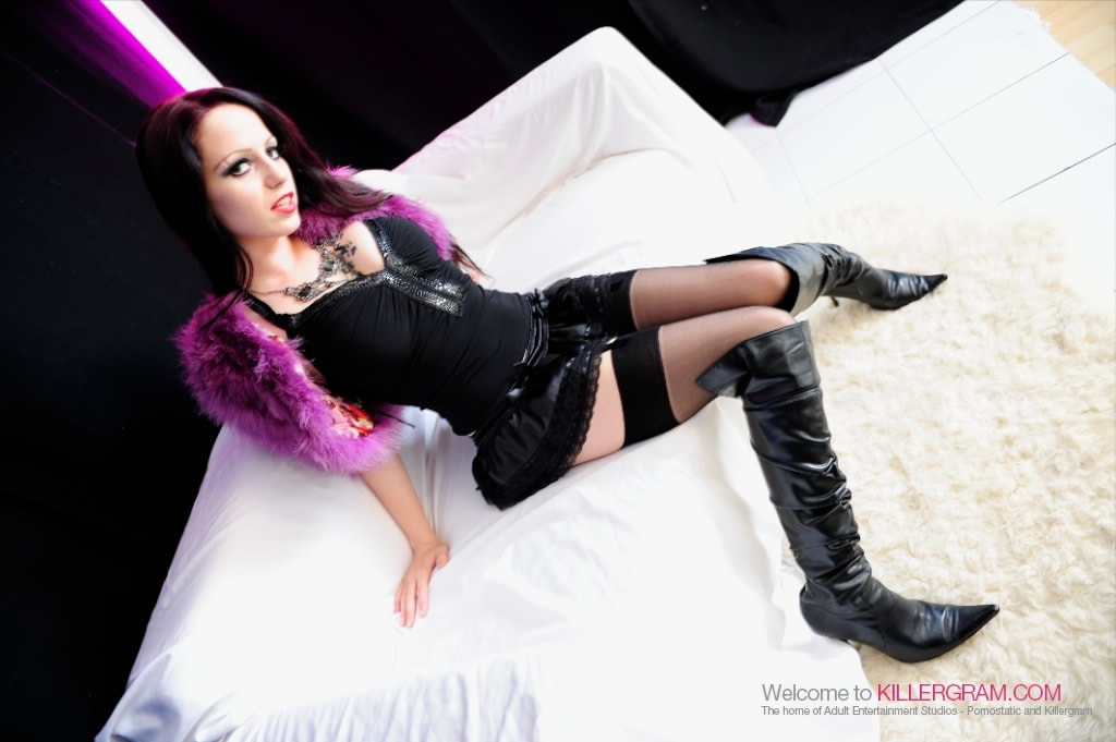 Killergram 'A Streetwaking Slut' starring Sasha Rose (photo 3)