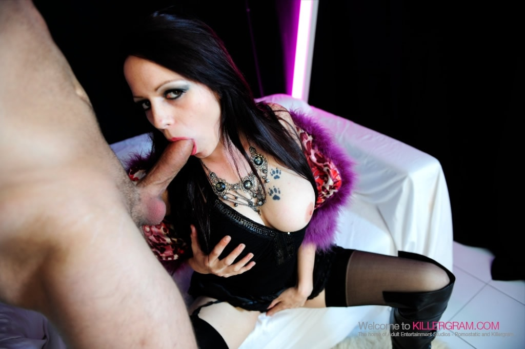 Killergram 'A Streetwaking Slut' starring Sasha Rose (photo 6)