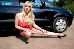 Scarlet Lovatt - Hot Fucking Dogging (Thumb 04)