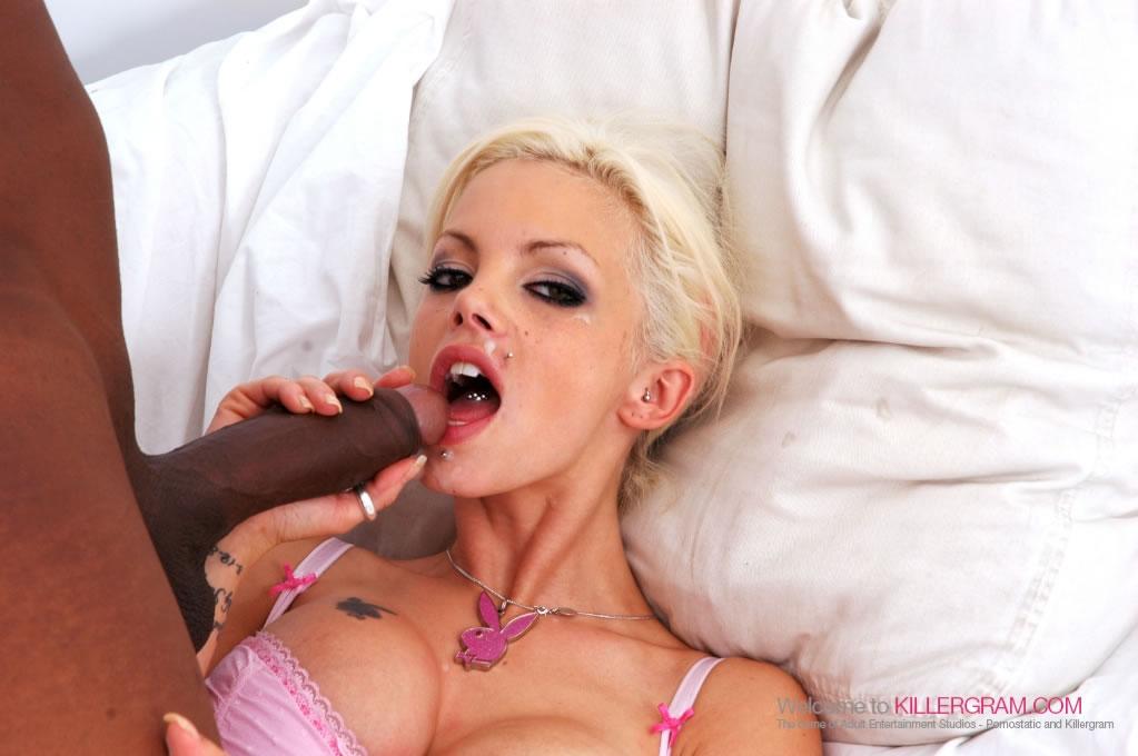 delta-white-orgasm